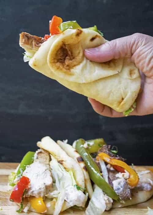 Copycat Fajita Pita is a fast weeknight dinner recipe. | The Hungry Waitress