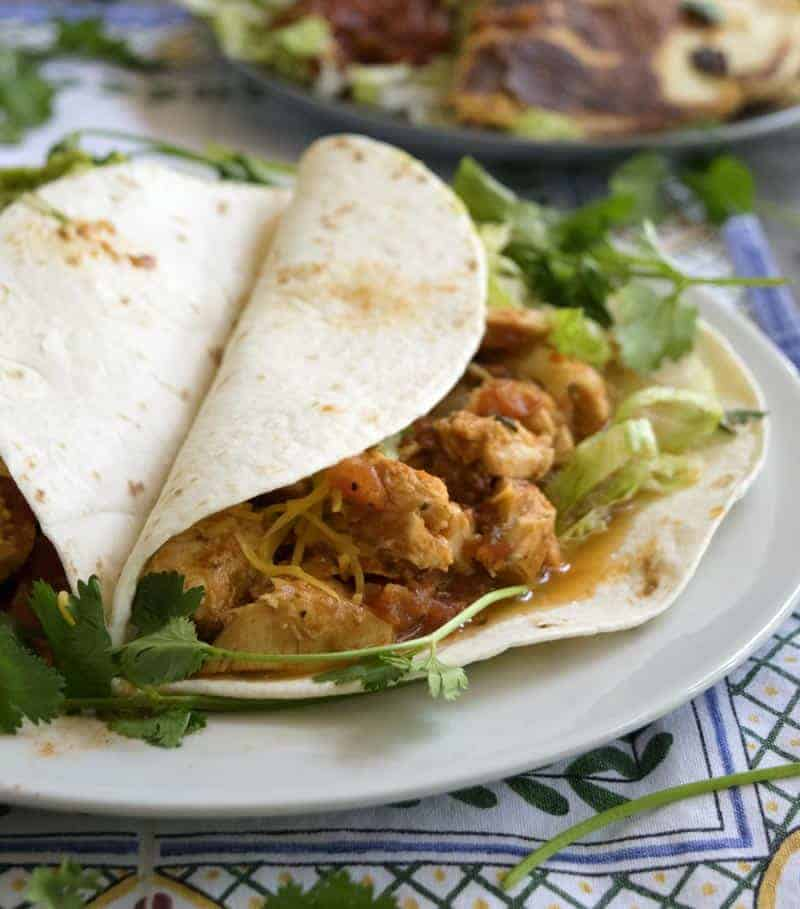 3 Ingredient Chicken Tacos are a super fast dinner recipe. These are great for a weeknight dinner.   The Hungry Waitress