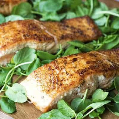 Simple Cajun Salmon is a easy affordable weeknight dinner. | The Hungry Waitress